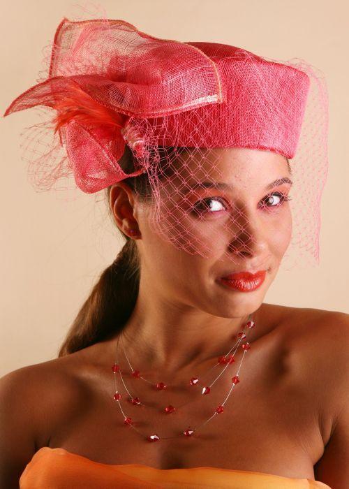 chapeau bibi voilette mode r tro mariage c r monie sisal coloris corail nombreux coloris. Black Bedroom Furniture Sets. Home Design Ideas
