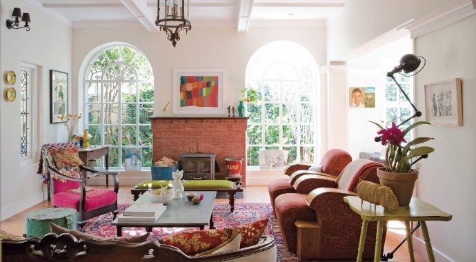 The large lounge windows in the Saxonwold, Johannesburg home of Mariette and Peter Theron were added as part of an extensive renovation process.Magic Revival, Decor Ideas, Delicious Dig, Beautiful Living, Peter Theron, Large Lounges, Extensions Renovation, Renovation Process, Lounges Windows