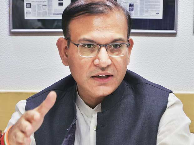 A smart person can now earn Rs 100 cr a year from regional aviation: Jayant Sinha - Business Standard