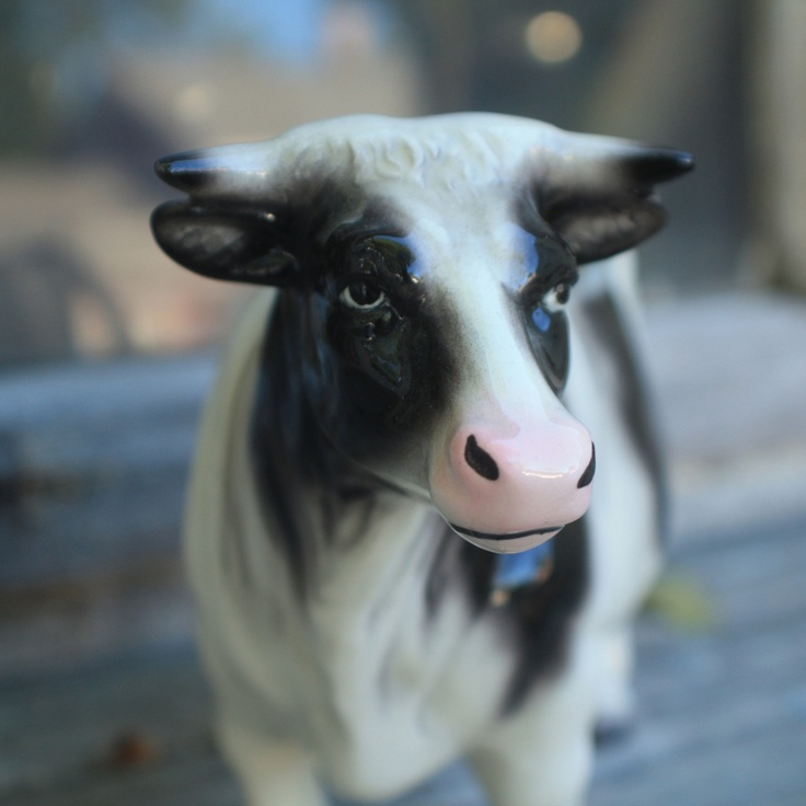 119 Best Images About The Vintage Cows On Pinterest