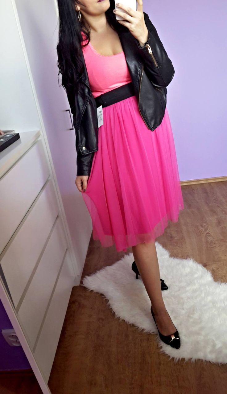 Růžová stylová sukýnka