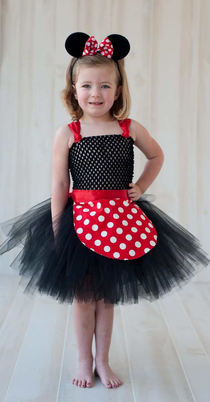 What minnie princess doesn't want to dress up in a little mouse costume!? Our Miss Mouse tutu dress is one of our favorites! Available in Red or Pink. Each tutu dress comes with an apron that ties aro