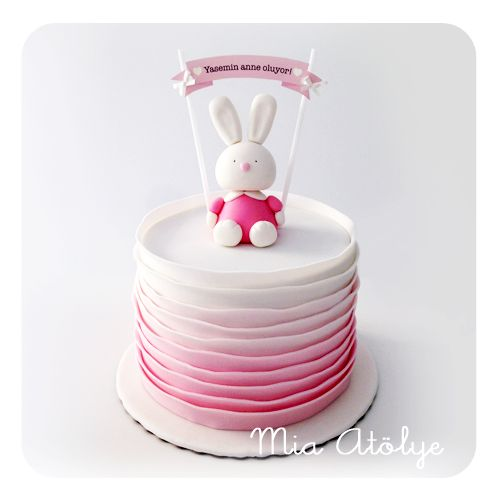 Baby girl baby shower cake - Little rabbit