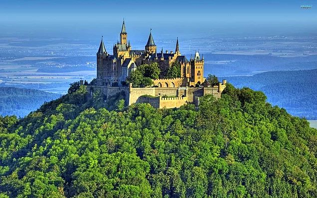 Hohenzollern Kalesi - Almanya