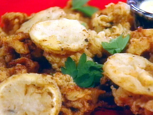 Get this all-star, easy-to-follow Fried Ipswich Clams with Fried Lemons recipe from Sara's Secrets.