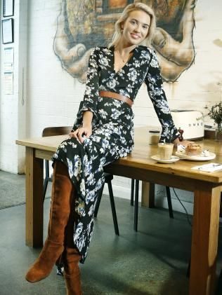 Offspring fashion: How to steal Nina Proudman's TV style | Herald Sun