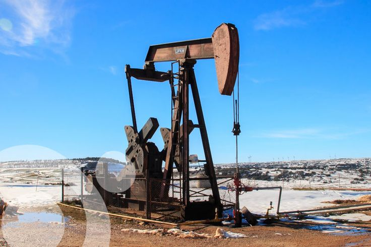 In the moorland of Sargenes de Lora and Ayoluenga are the only oil rigs of the Iberian Peninsula