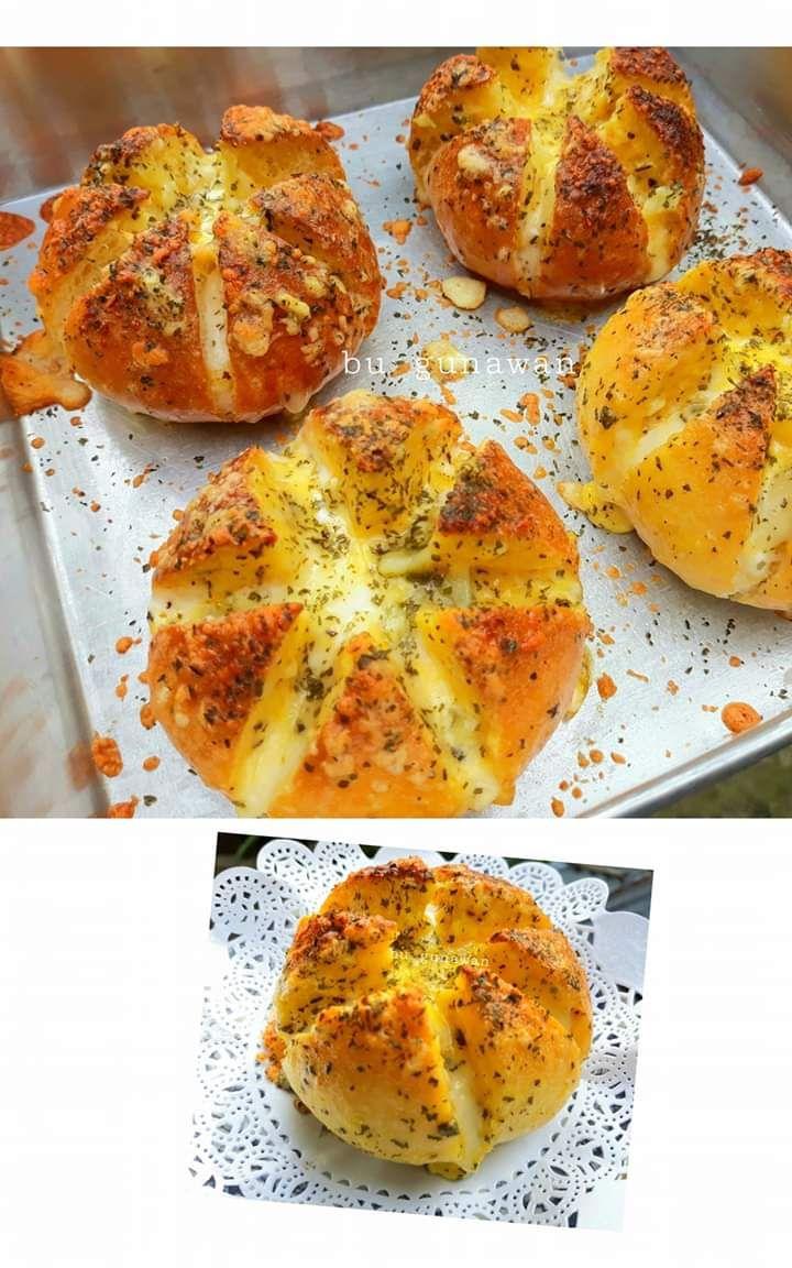 Resep Korean Cheese Garlic Bread By Dian Puspitasari Di 2020 Roti Garlic Resep Masakan Kue Lezat