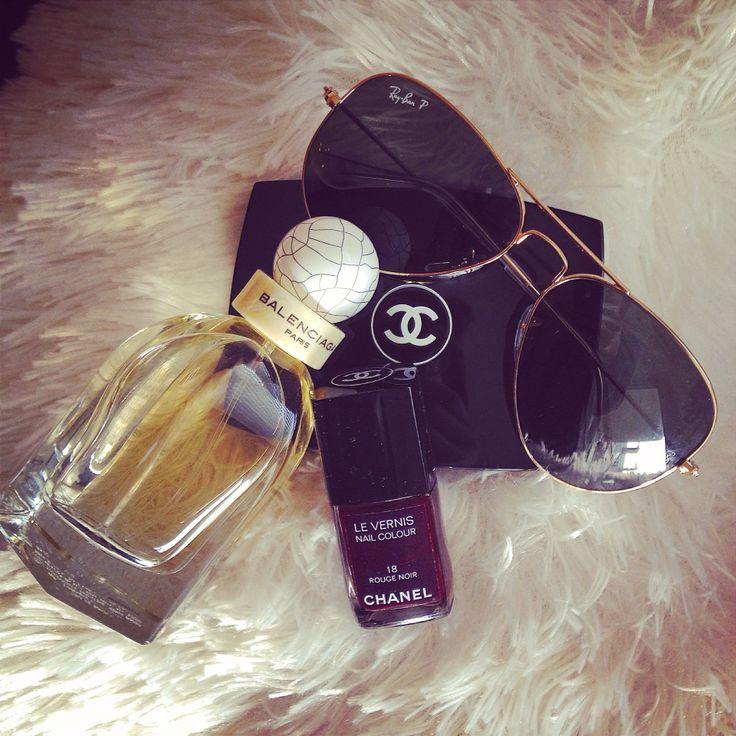 Essentials #chanel #balenciaga #raybans
