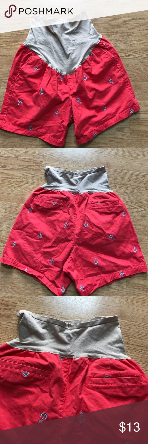 Old Navy coral maternity anchor shorts with panel Size 6. Coral shorts with blue embroidered ⚓️ anchors Old Navy Shorts