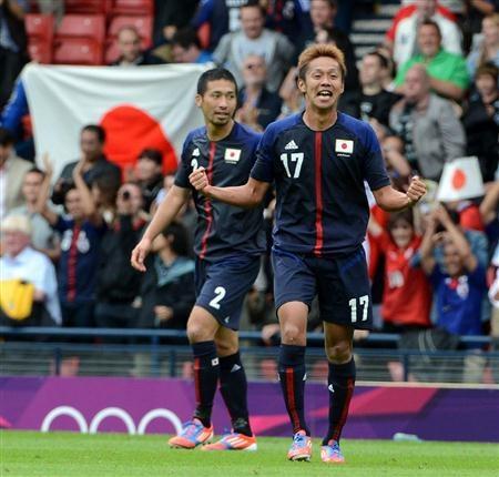 日本、スペイン破り首位 ブラジルも白星発進