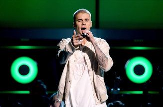 EVERYONE GO VOTE FOR JUSTIN RN FOR BILLBOARD AWARDS   http://www.billboard.com/articles/news/bbma/7378320/billboard-music-awards-2016-performance-bbma-poll-most-excited