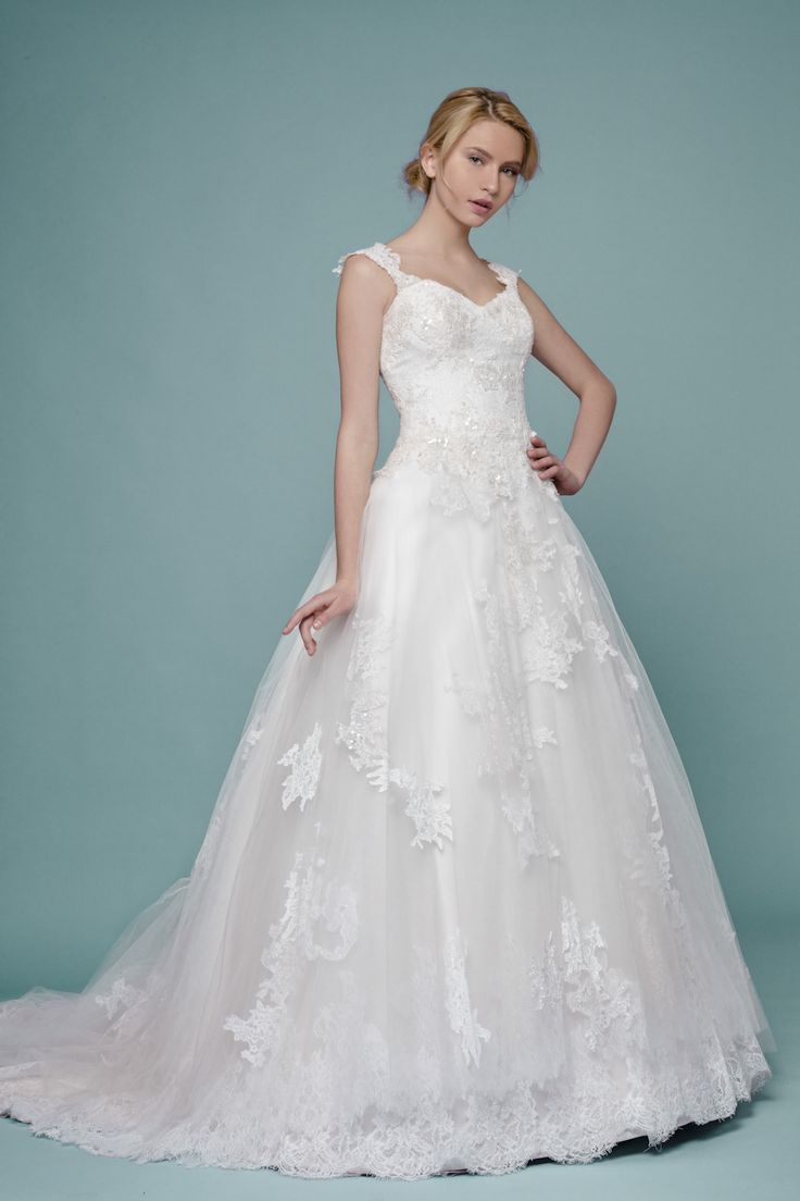 8 best Plume By Esposa 2016 images on Pinterest   Short wedding ...