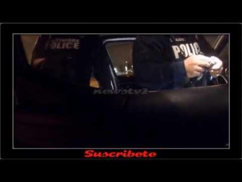 Agentes de Policía Ponen Droga en el Coche de Dos Sospechosos