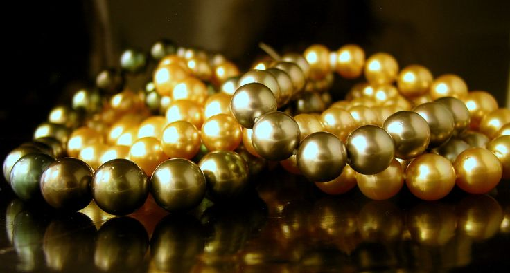 Large Graduating Tahitian & Golden Pearls so divine! From $3,650 to $10,950- (9mm- 14.8mm)