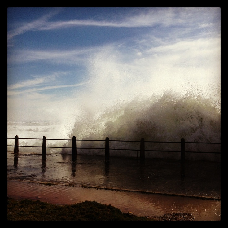 Giant crashing waves in Seapoint...