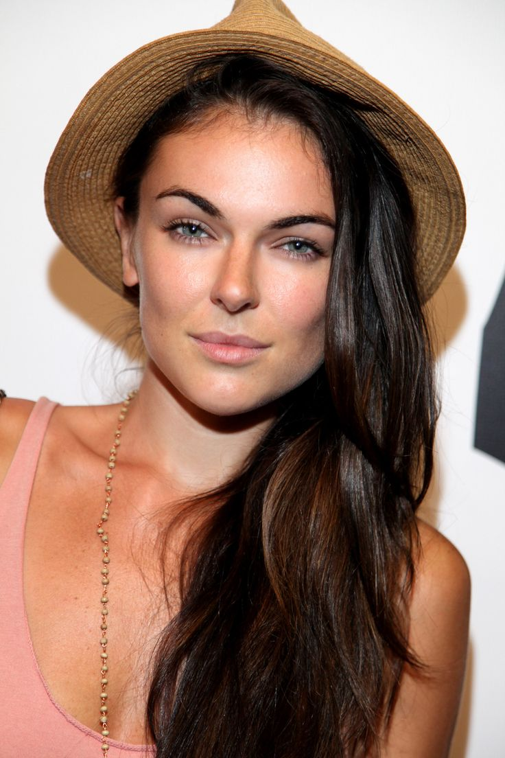 Serinda Swan - HD Wallpapers |High Definition| 100% Quality Mobile Wallpapers