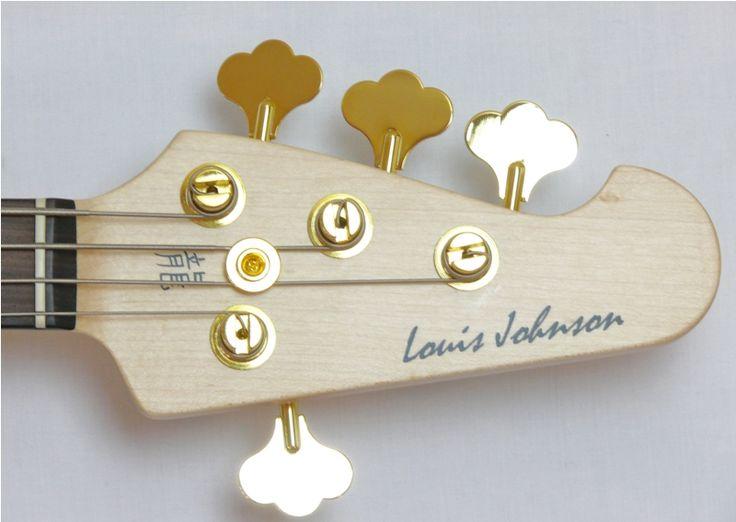 louis johnson bassist