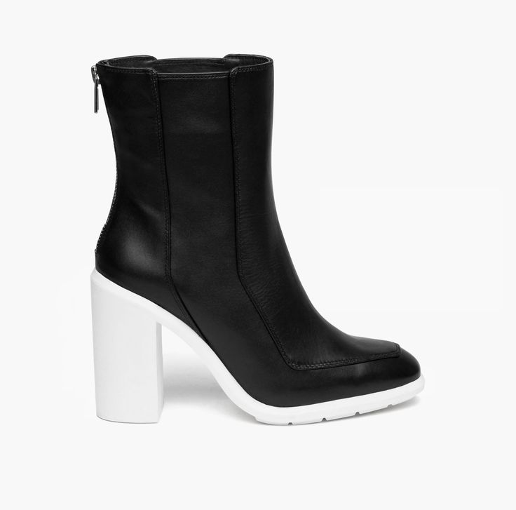 United Nude Autumn Winter Stacey Black & Snow White