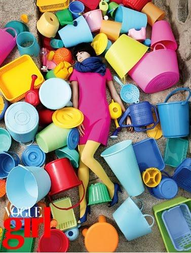 Vogue Girl: Colour, At The Beaches, Inspiration, Korean Vogue, Vogue Girls, Buckets, Beaches Toys, Vogue Korea, Colors Fashion