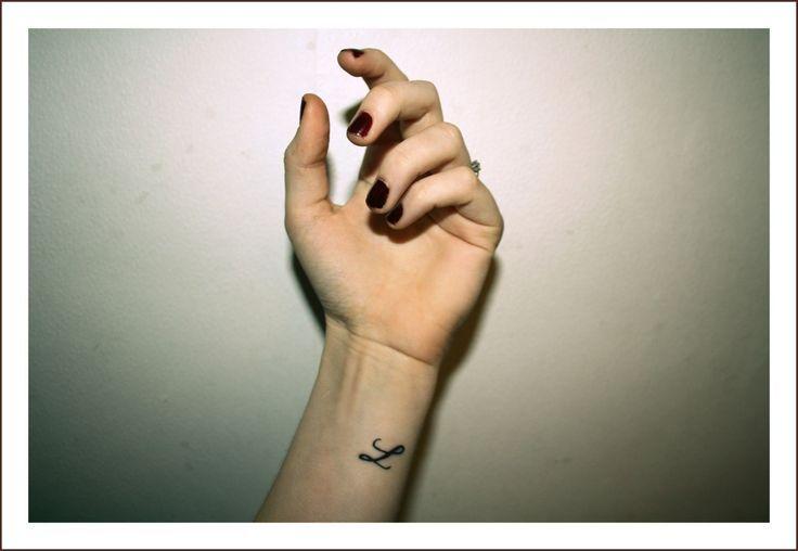 best 25 letter l tattoo ideas on pinterest. Black Bedroom Furniture Sets. Home Design Ideas