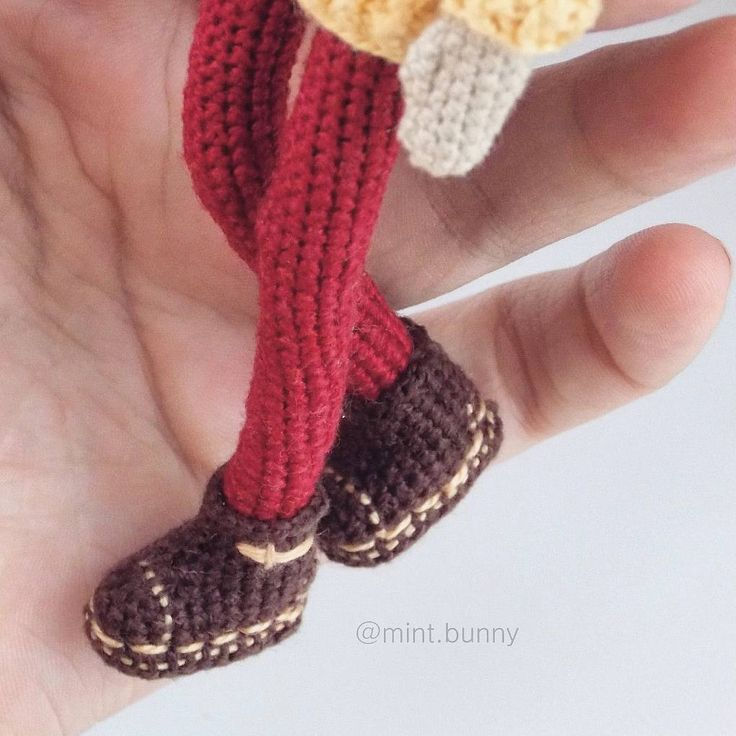 17 Best images about amigurumi shoes +(doll) on Pinterest ...