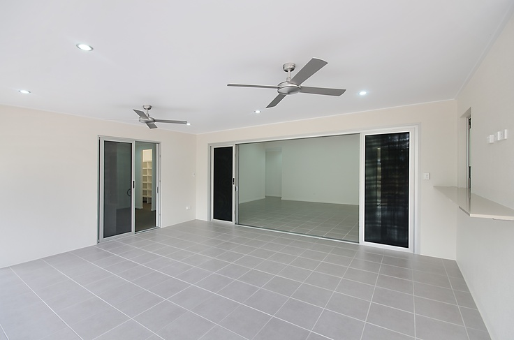 Quality new homes built by Townsville's Award Winning Builder  MARTIN LOCKE HOMES  www.martinlockehomes.com.au