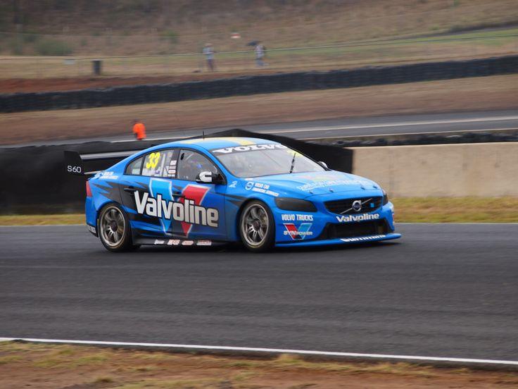 Scott McLaughlin - Sydney - February 2014 - VOLVO V8 supercar