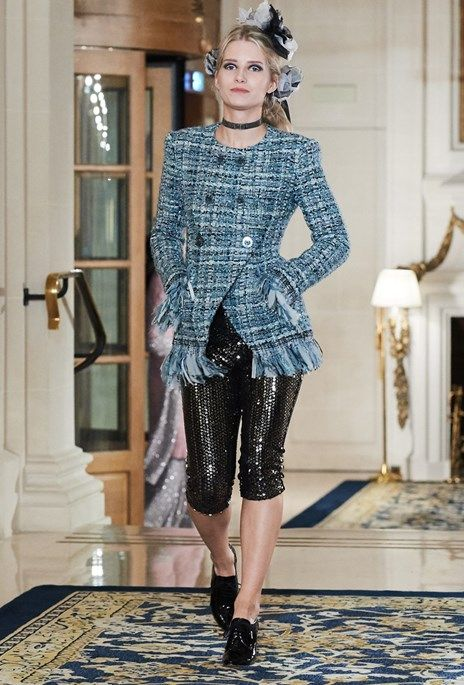 Chanel: Putting On The Ritz - Suzy Menkes - Vogue Portugal