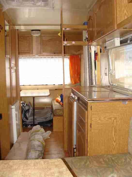 wohnwagen adria 530 mit vorzelt sehr sch n und wohnwagen wohnmobile adria pinterest. Black Bedroom Furniture Sets. Home Design Ideas