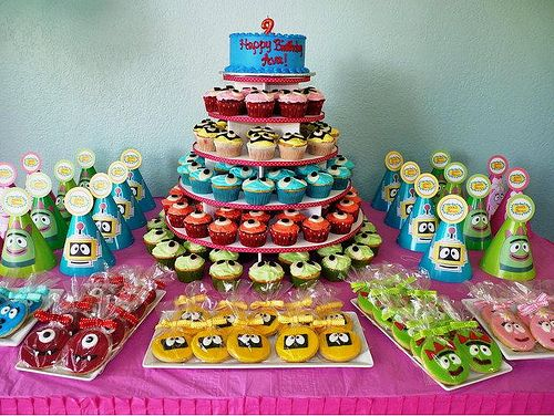 My daughter loves Yo Gabba Gabba!! This is my next Idea for her party..