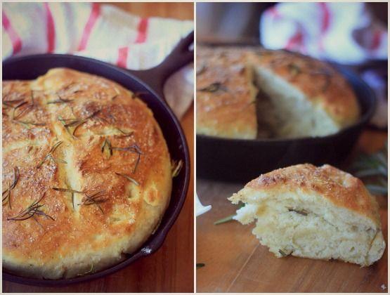 Easy no-knead skillet bread: really yummy! A good crunchy crust, used 1 cup whole wheat flour.