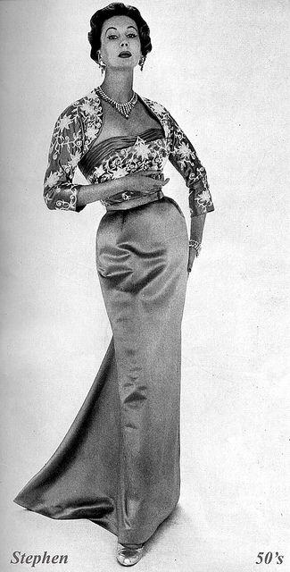 The devastating Barbara Goalen.  British Vogue October 1954.