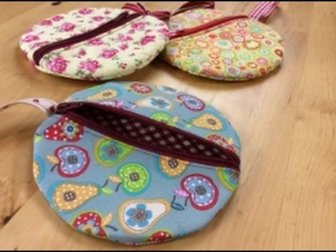 Circle wristlet sewing tutorial  by Debbie Shore - YouTube