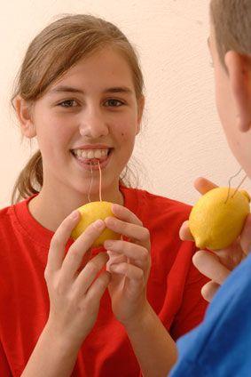 Elektronische Experimente: Experiment für Kinder: Das Zitronen-Batterie-Experiment