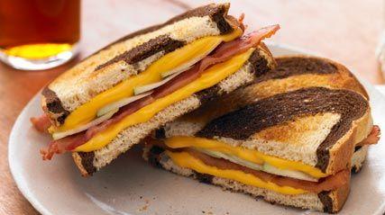 Grilled Apple, Cheddar & Bacon Sandwiches: Kraft Recipe, Bacon Sandwiches, Kraft Food, Grilled Apples, Wraps Recipe, Apples Recipe, Grilled Cheese, Paninis Sandwiches, Sandwiches Recipe
