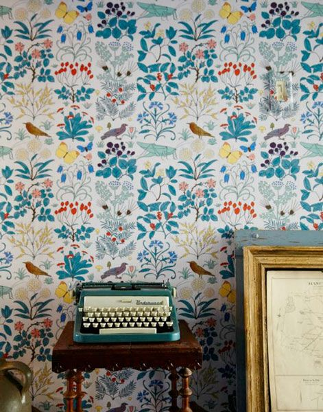 wallpaper: Birds Wallpapers, Floral Wallpapers, Color, Wallpapers Patterns, Vintage Typewriters, Josef Frank, Vintage Floral, Vintage Inspiration, Accent Wall
