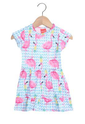 Vestido Tricae Menina AzulTipo de Produto: VestidoCaracterística: manga curta, estampa corrida e modelagem evasêSobre a marca: Perfeita para vestir as crianças com muito estilo e criatividade!