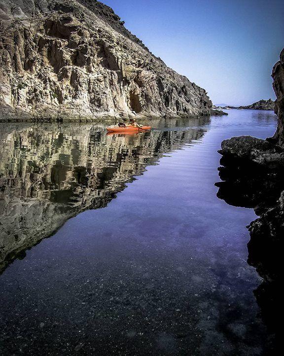 by http://ift.tt/1OJSkeg - Sardegna turismo by italylandscape.com #traveloffers #holiday | Con il best of #igersardegna andiamo pagaiando a Cala Vinagra che si trova a nord dell'isola di San Pietro (CI). @velasquez_kayak ci mostra la scogliera a strapiombo sul mare che costeggia la cala. Foto selezionata da @alessandrapolo testo @mondosardegna Foto presente anche su http://ift.tt/1tOf9XD | March 12 2016 at 08:53PM (ph igers_sardegna ) | #traveloffers #holiday | INSERISCI ANCHE TU offerte di…