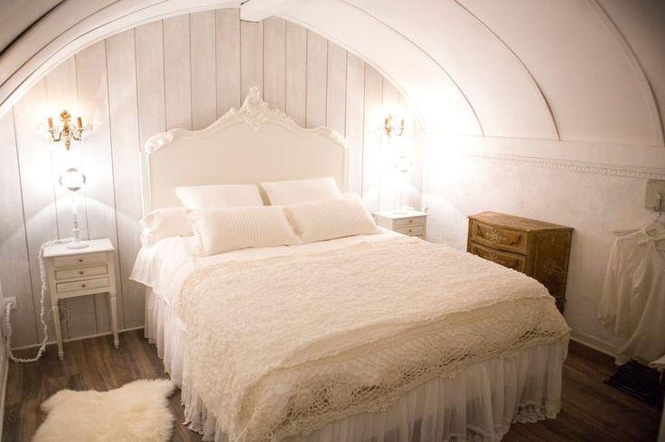 1000 id es sur le th me chambres de campagne romantiques for Abat jour romantique chambre
