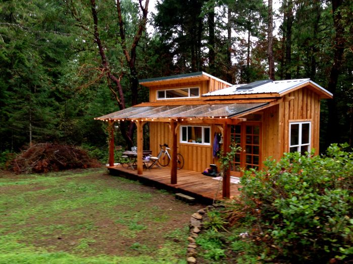 Stupendous Perhaps The Most Beautiful Tiny House Ever I Love Every Little Largest Home Design Picture Inspirations Pitcheantrous