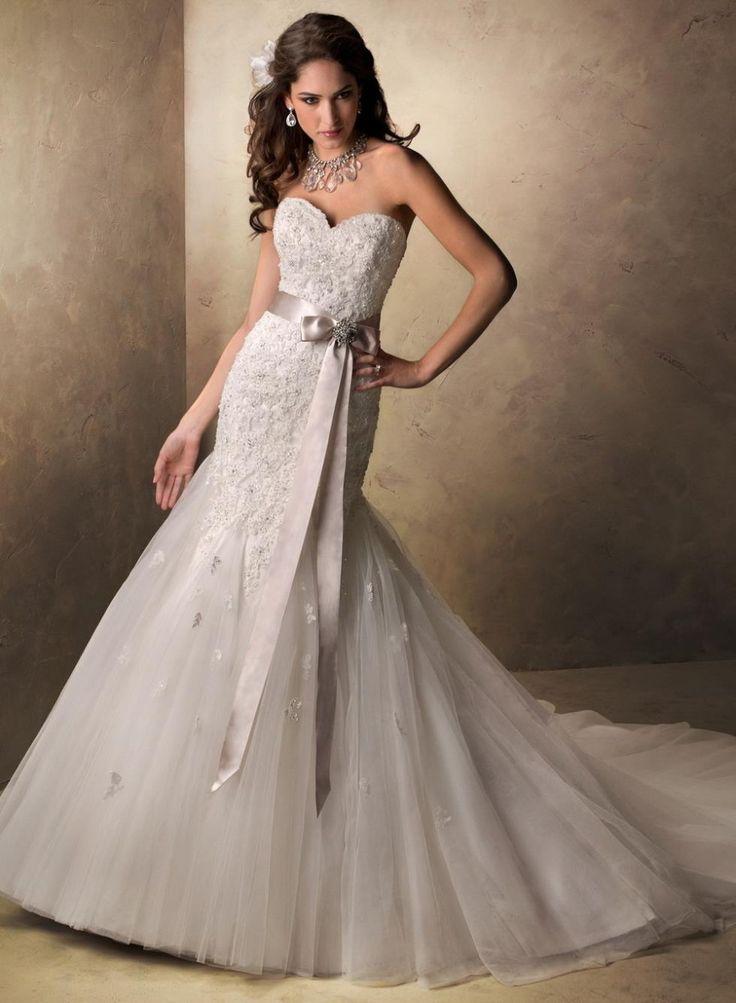 смотреть фото свадебные платья для худеньких сделать украшения