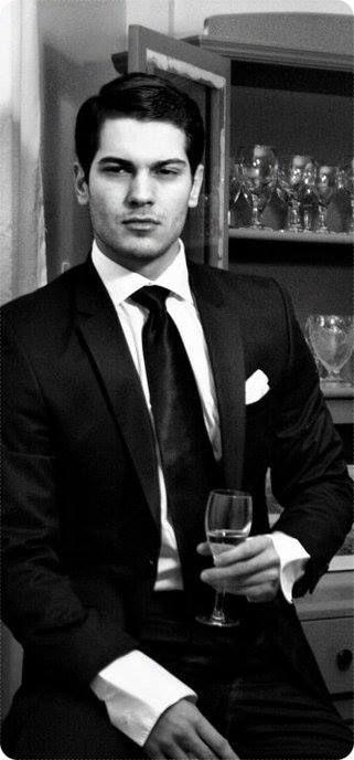 Çağatay Ulusoy (September 23, 1990), Turkish model and actor.