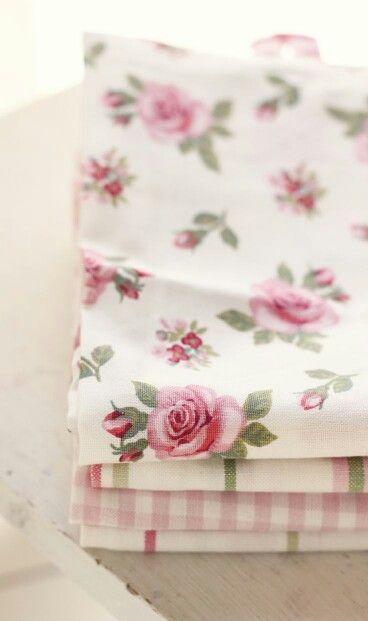 Romantic Rose Cottage