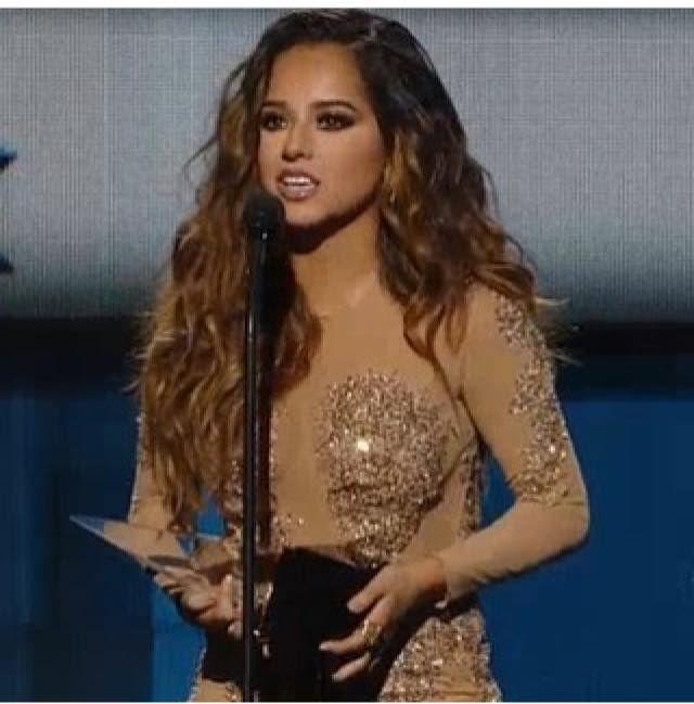"+ LATÍN AMÉRICAN MUSIC AWARDS está noche en el canal ""Telemundo"" hoy a las"