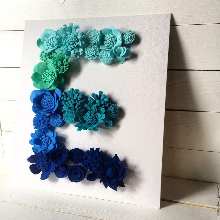 "Объмная цветочная буква ""Е"" (переход цвета) бирюзовый, тиффани, синий - синий. Creator - MyFeltLife"