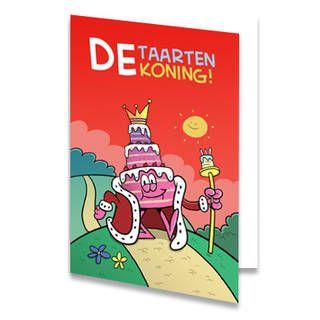 """Een verjaardagskaart voor een kind met een taart die eruit ziet als koning. Boven de taart staat de tekst """"de taarten koning!"""" geschreven. De taartenkoning loopt over een heuvel. De lucht is rood. De binnenkant van deze verjaardagskaart is helemaal wit, daar kun je zelf nog teksten en foto's of allerlei leuke afbeeldingen aan toevoegen."""