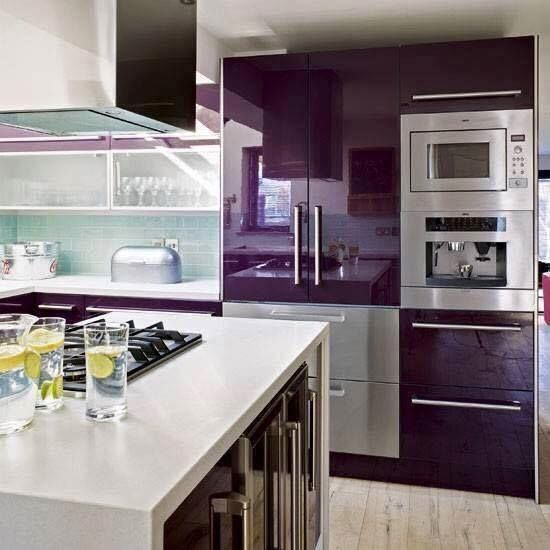Linda cozinha roxa