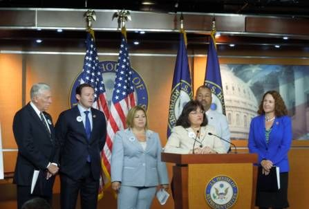 "Kuster Expands ""Make It In America"" jobs plan with Workforce Development Bill"