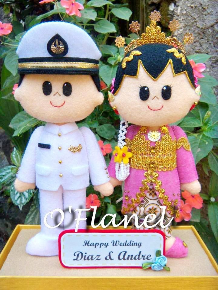 Javanese Bride and Pilot Groom - Indonesia Visit the FB account to order to this awesome artist.